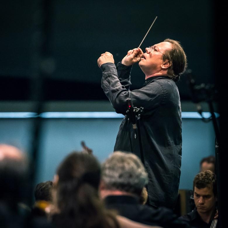 Alexander Vedernikov & Sinfonia Varsovia