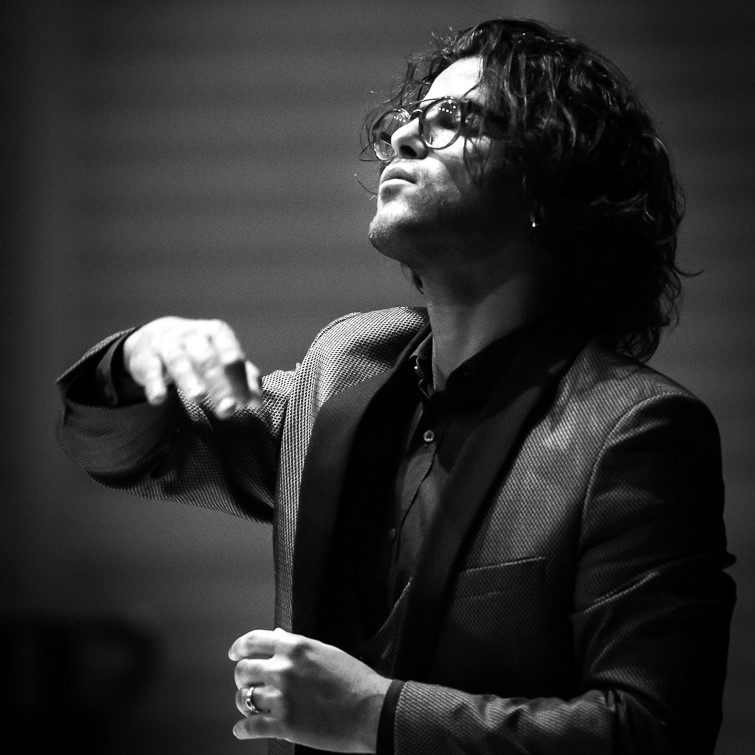 Bassem Akiki & Sinfonia Varsovia