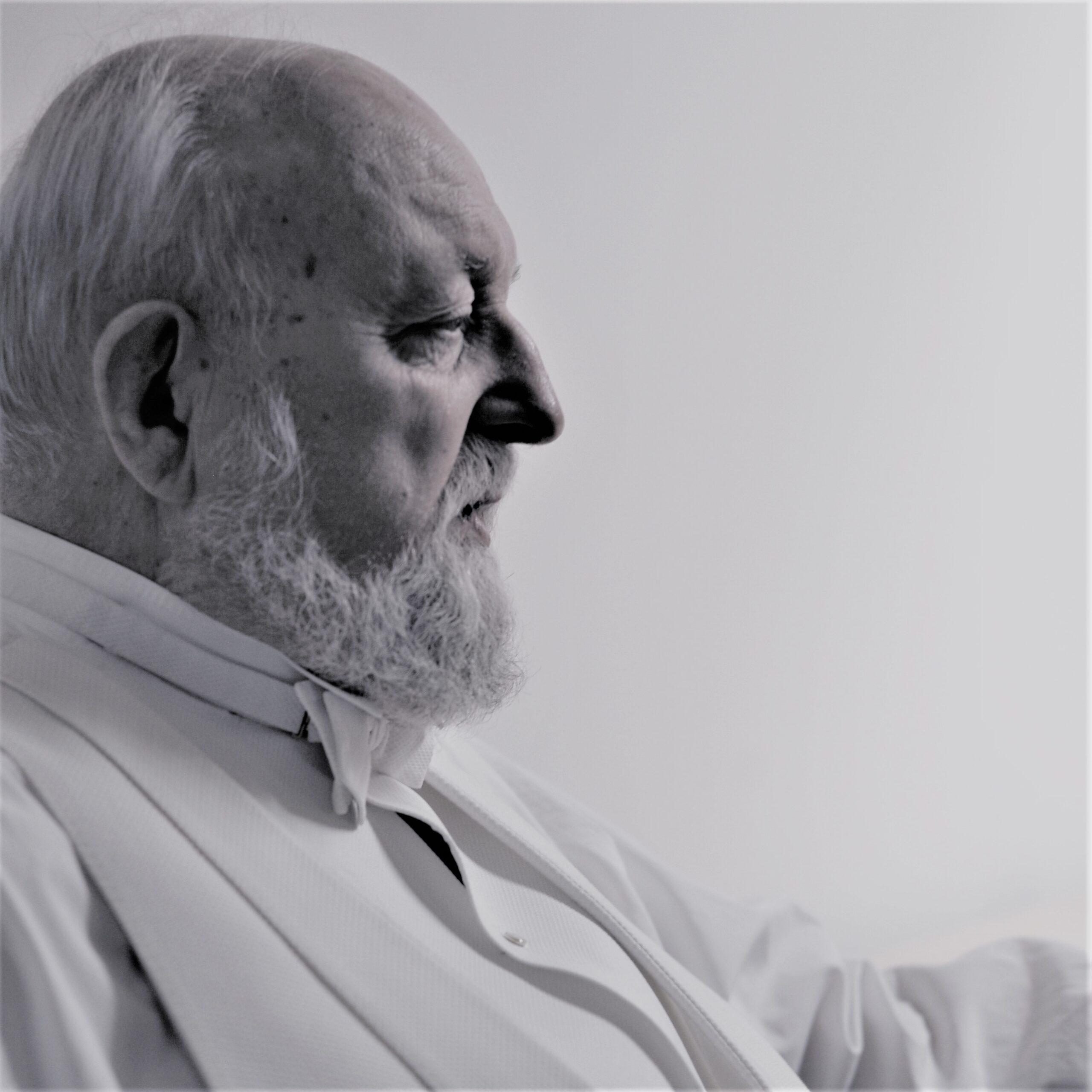 Krzysztof Penderecki zbliżenie na twarz