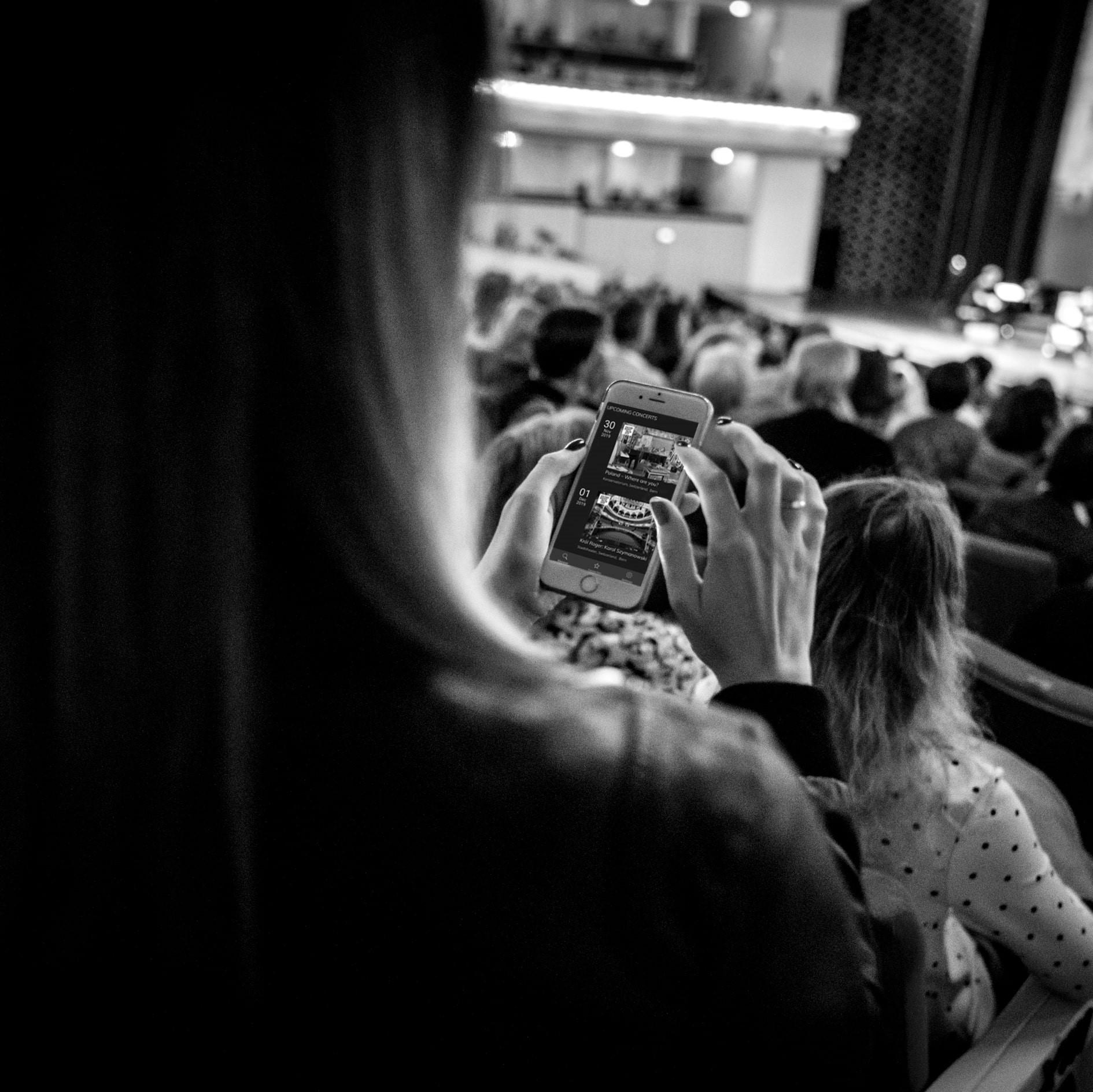 Informacje okoncertach Sinfonii Varsovii waplikacji Onstage