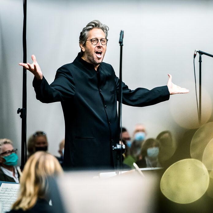 Michał Nesterowicz & Sinfonia Varsovia