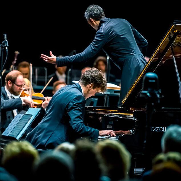 Nehring, Sinfonia Varsovia, Marković – Sinfonia Varsovia To Its City Festival